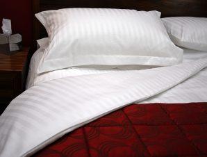 Σεντόνι 170×285εκ. 100% Βαμβακερό 240TC Με Ρίγα 2cm Cotton Luxury Line – OEM – 5201847001686