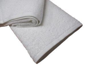 Πετσέτα 70×140εκ. 550gr/m2 Plain Line (Ύφασμα: Βαμβάκι 100%, Χρώμα: Λευκό) – OEM – 5201847003383